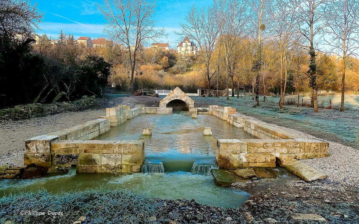 Fontaine de la Douaye Champlitte après travaux (1)Fontaine de la Douaye de Champlittefontaine de la Douaye à Champlitte