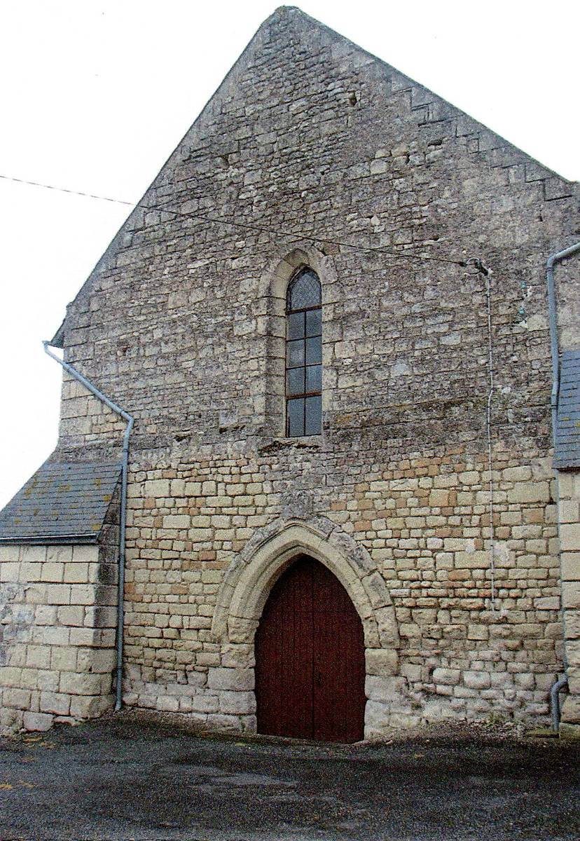 EGLISE SAINT-PIERRE DE TOURTENAY