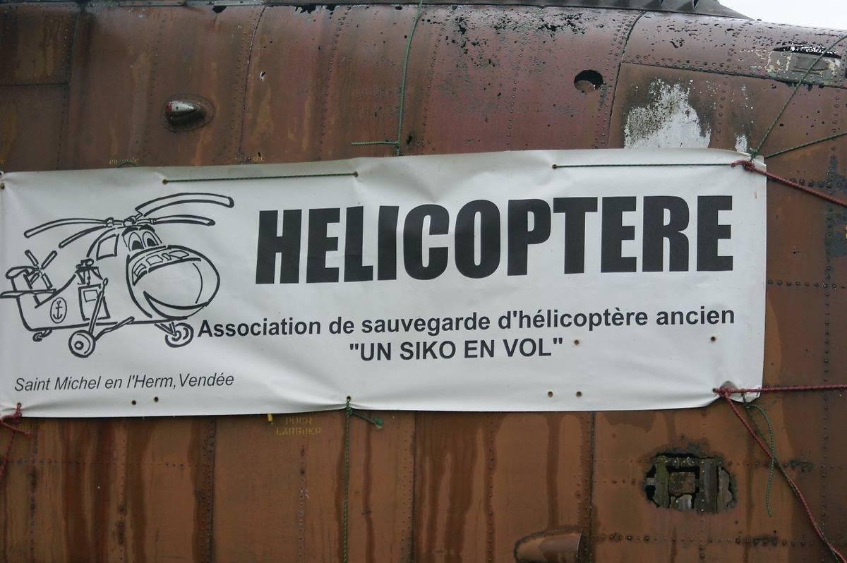 HÉLICOPTÈRE SIKORSKY H34-A SA55 À SAINT MICHEL EN L'HERM