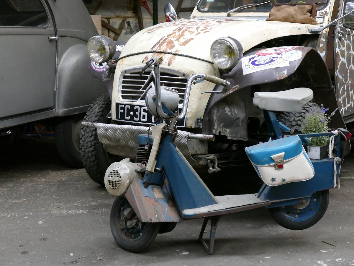 L1250757 -Le club de mécènes en Gironde rend visite à la voiture Motobloc