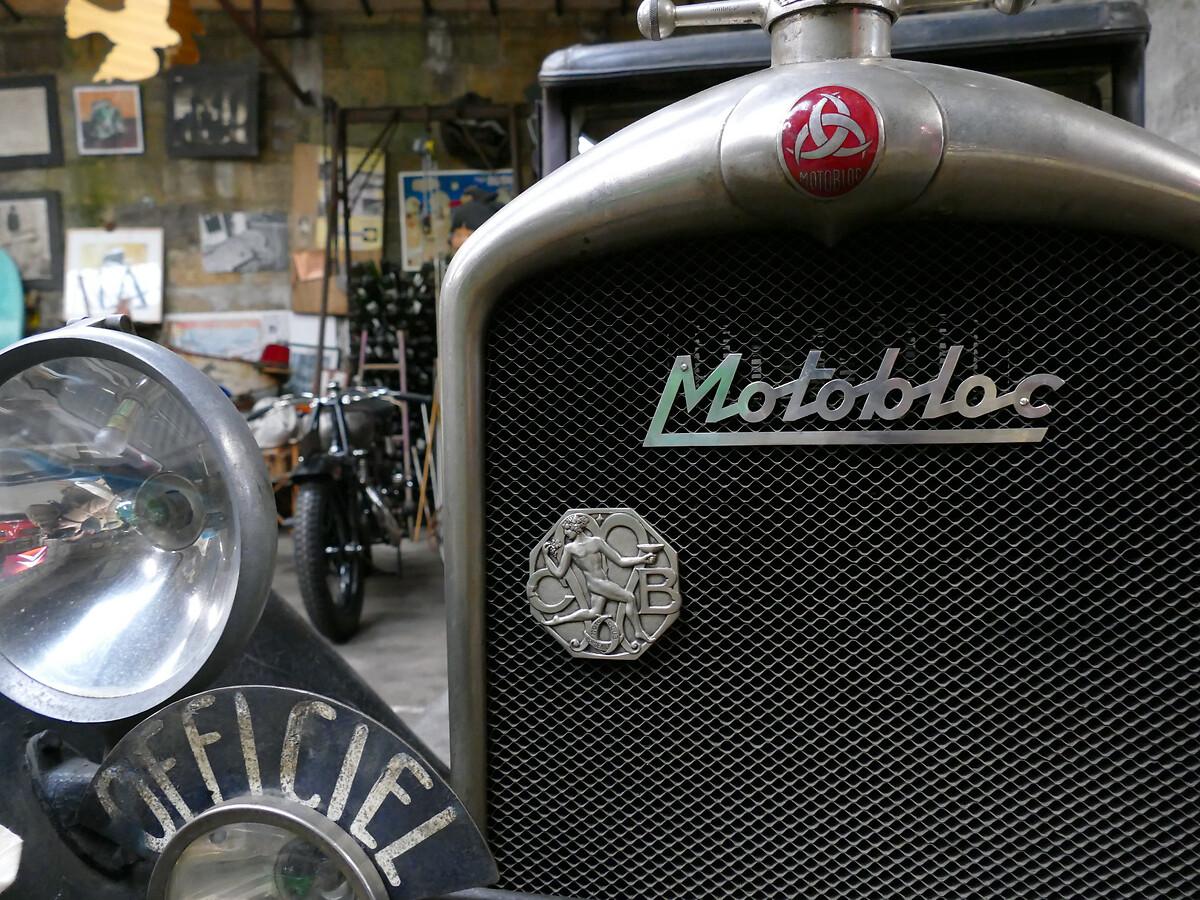 Le club de mécènes en Gironde rend visite à la voiture Motobloc