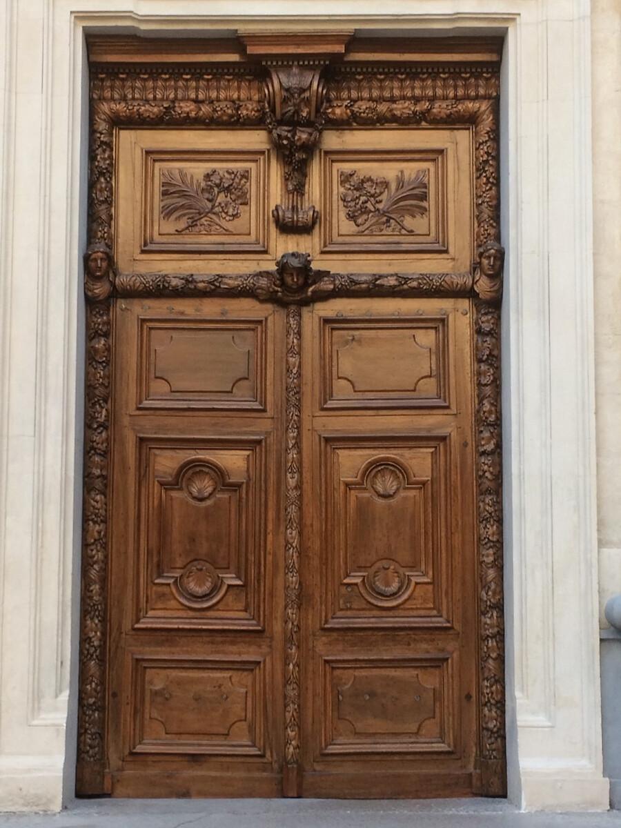 thumbnail_IMG_6948porte chapelle de l'Hotel Dieu de Lyon