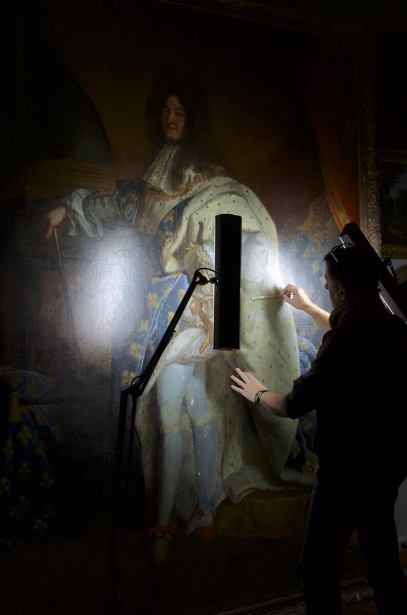 DSC_0043restauration Aldo Peaucelle du Louis XIV de l''Hôtel Negresco de Nice