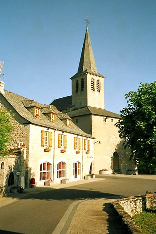 VITRAUX DE L'EGLISE SAINT MARTIN DE GOLINHAC