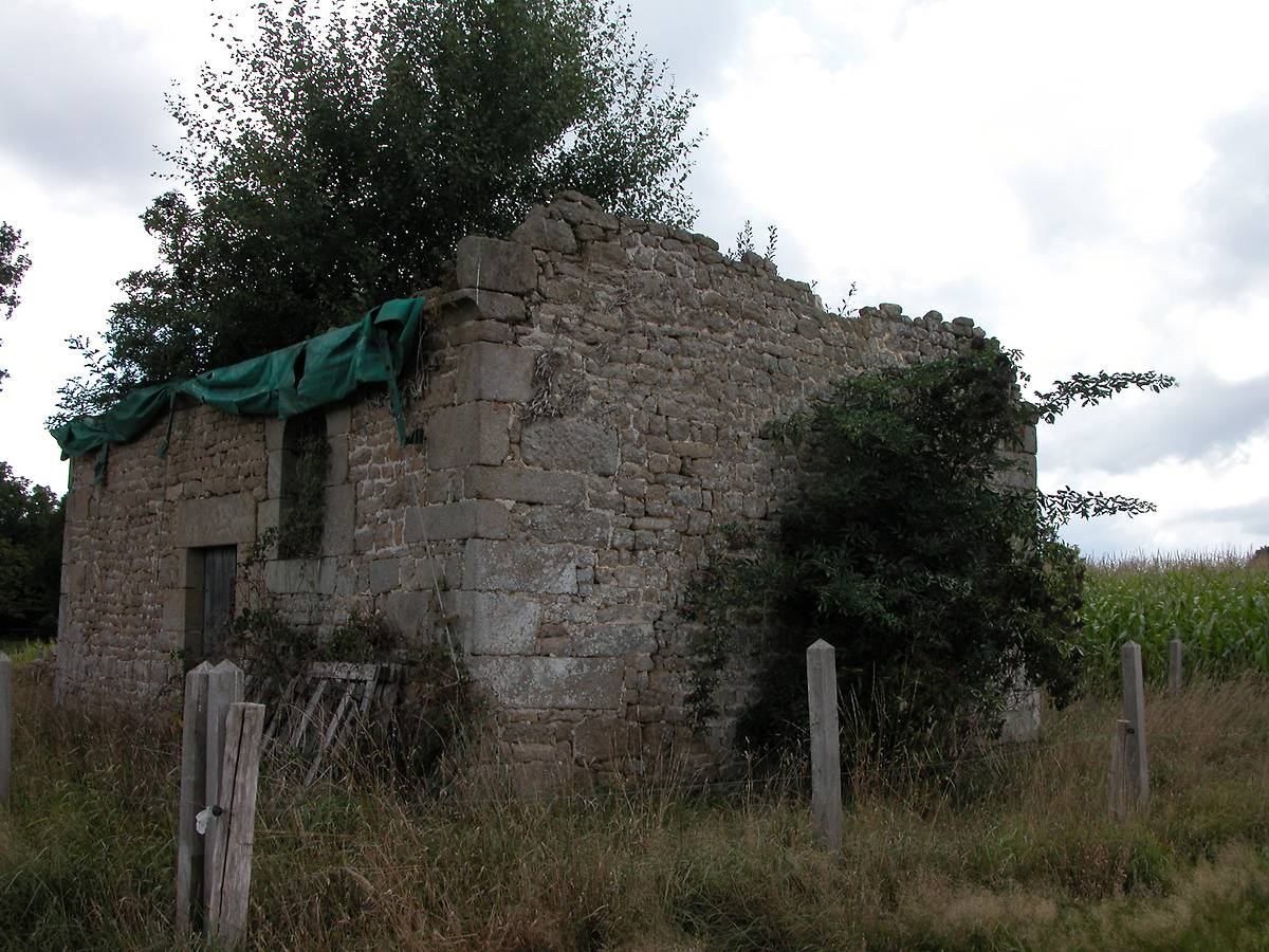 CHAPELLE DE LA GRASSERIE A LOUVIGNE-DU-DESERT
