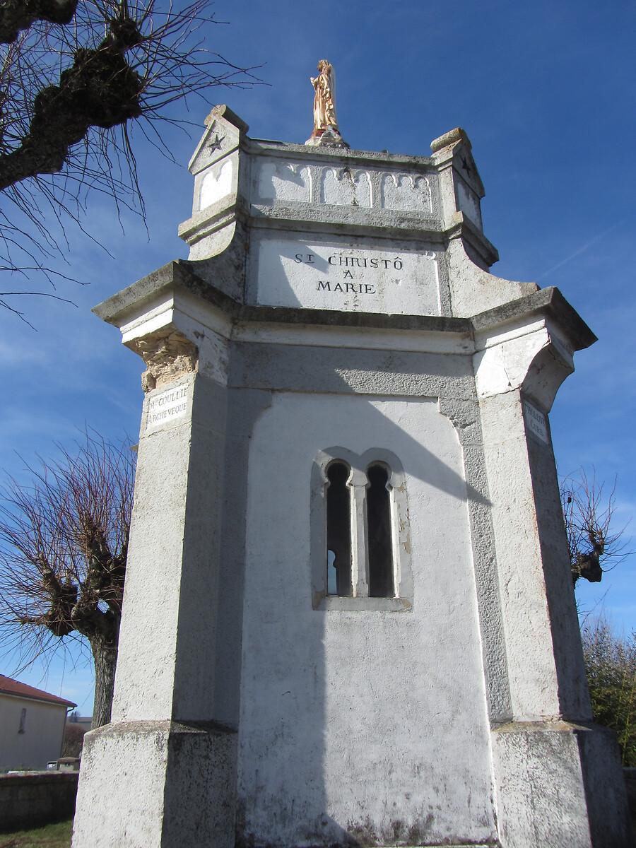 SANCTUAIRE N-D DE LOURDES A ST-CHRISTO-EN-JAREZ