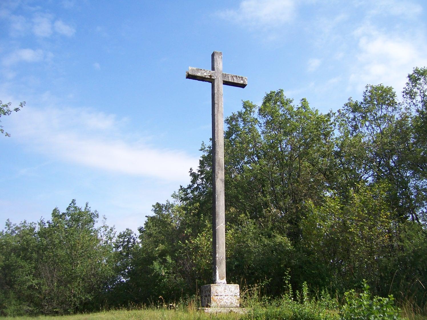 Croix de l'Union Curtil sous Burnand