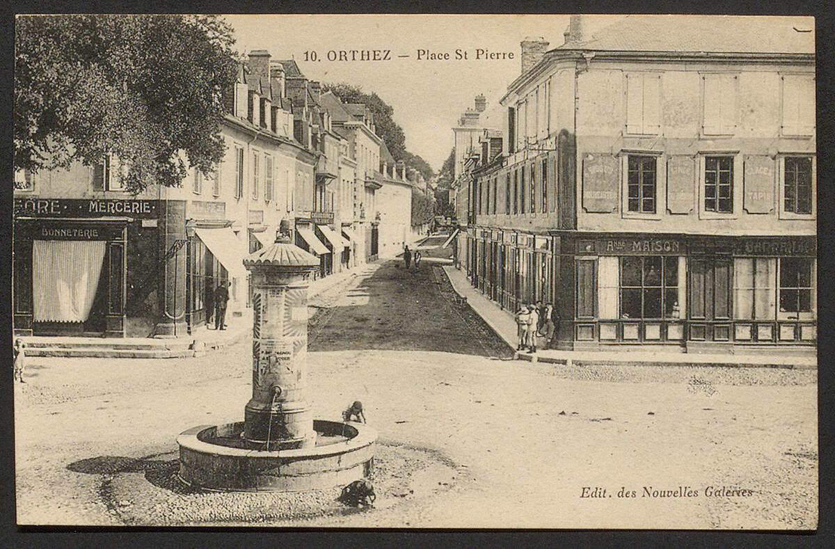 FONTAINE PLACE SAINT-PIERRE - ORTHEZ
