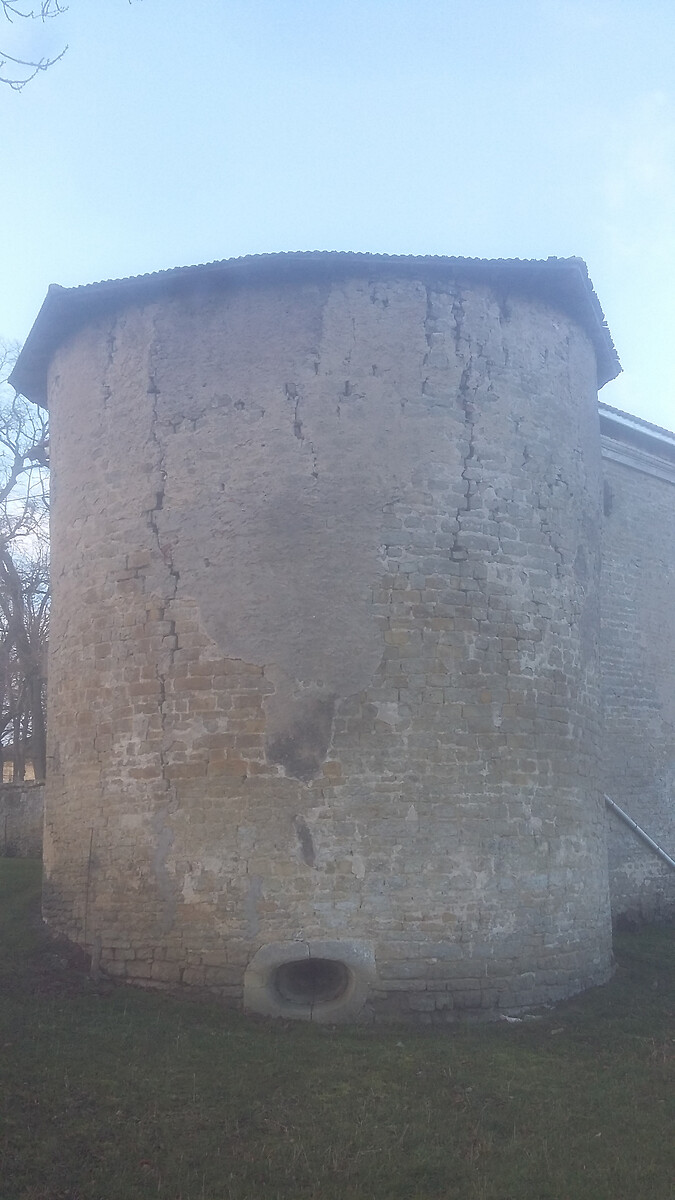 CHATEAU D'ETREVAL